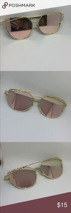 Coral Mirrored Cat Eye Sunnies Brand new boutique item! 💕 *metal frames*  Bundle 2 or more items for 15% off OR 6 or more items for 25% off!!  Please make an offer using the offer button instead of comment section.   Happy to answer any additional questions ☺️  Thank you so much for shopping my closet!! ❤️ Raleigh Runway Accessories Sunglasses