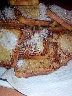 Pain perdu. Bonne recette. Mettre moins de sucre mais ajouter de l'extrait de vanille et un soupçon de sel dans la pâte
