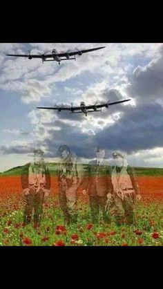 Real-life heroes don't all wear capes and diffuse bombs. These eight people saved the world in snap-decisions or through years of hard work. Remembrance Day Pictures, Remembrance Day Poppy, Armistice Day, Flanders Field, Anzac Day, Canadian History, Battle Of Britain, Lest We Forget, Veterans Day