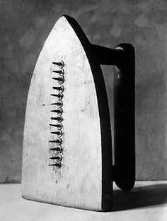 Man Ray - Gift 1921