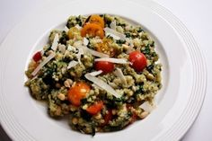Quinoa with spinach and tomatoes
