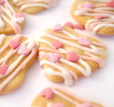 These seriously tasty Valentine's Day Butter Biscuits are the perfect way to say 'I love you' to that someone special. Easy to make and fun to decorate!