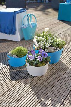 Blaues Band auf Balkon und Terrasse 1