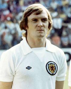 David Hay Scotland (Apps Debut v Northern Ireland in 1970 Football Tops, Retro Football, Vintage Football, David Hay, 1974 World Cup, English Football League, Paisley Scotland, Celtic Fc, International Football