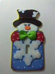 New Vintage Imagenes Reloj Ideas Christmas Time, Christmas Crafts, Xmas, Christmas Ornaments, Felt Christmas Decorations, Holiday Decor, Snowman Crafts, Foam Crafts, Holidays And Events