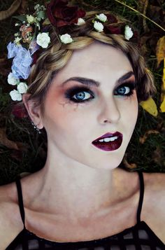 Gothic Makeup for Vampire, Zombie or dead Flapper look! Halloween tutorials by Jackie Wyers