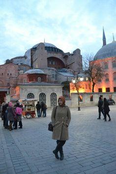 #hijabstreetstyle #turkishhijabstyle #mangocoat #fossilpostmanbag #zaraboots