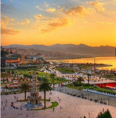 Izmir Konak Ankara, Turkey Travel, Beautiful Places In The World, Travel Advice, Dream Vacations, Adventure Travel, Places To See, Around The Worlds, Landscape
