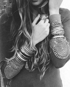 » black & white bohemia » bohemian life » roam » musician » painter » bohemian style » gypsy soul » earth child » wild at heart » adventurous » dancer » free spirit » wanderers » boho home » elements of bohemia »