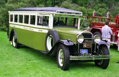 1930 Buick bus   ===>  https://de.pinterest.com/pin/543950461217960302/