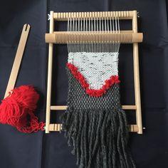Le tissage III : le tissage de laine avec un métier à tisser | caractériELLE