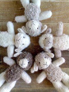 Newborn prop lamb hat, newborn photo props, photo props set lamb bonnet, small lamb, photo prop shee - My Store Newborn Photo Props, Newborn Photos, Knitted Dolls, Crochet Toys, Hat Crochet, Hand Knitting, Knitting Patterns, Cute Lamb, Little Cotton Rabbits