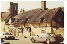 THAME Oxfordshire - Thatcher's Hotel & saloon cars 16th century thatched pub