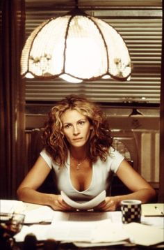 "Best Actress, 2000: Julia Roberts as Erin Brockovich in ""Erin Brockovich"""