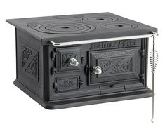 Classic style baker's oven door in black cast iron. Welcome to Sekelskifte and our spare parts for old houses! Kitchen Mixer, Old Kitchen, Kitchen Stuff, Foyers, Bakers Oven, Tiny Wood Stove, Narrowboat Interiors, Cast Iron Stove, Kitchens