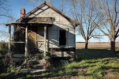 Irwin County GA Tar Paper Tarpaper Shack Vernacular Shotgun House Abandoned Rural Southern Decay Sharecropping Pictures Photo Copyright Brian Brown Vanishing South Georgia USA