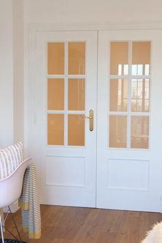 Paint the doors of your home with chalk paint - Paint the doors of your home with chalk paint # diy - Interior Door Styles, Door Design Interior, Interior Decorating, Door Frame Molding, Home Hacks, Interior Design Living Room, French Doors, Chalk Paint, Wooden Doors