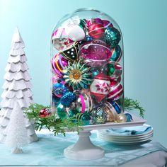Retro ornaments Snowman Decorations, Christmas Table Decorations, Holiday Tables, Holiday Decor, Holiday Movie, Table Centerpieces, Christmas Crafts, Christmas Ideas, Entertaining