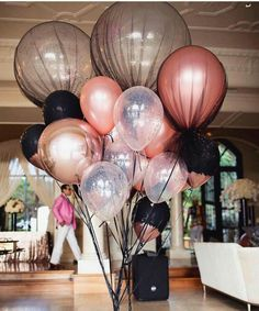 Quinceanera Party Planning – 5 Secrets For Having The Best Mexican Birthday Party 25th Birthday, Birthday Celebration, Birthday Parties, Quinceanera Party, Quinceanera Decorations, Ballon, Balloon Decorations, Paris Party Decorations, Birthday Party Decorations For Adults