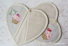 Nelli: Прихватки сердечки / Potholders hearts
