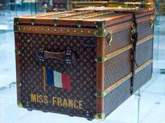 http://www.louisvuitton-voyages.com/