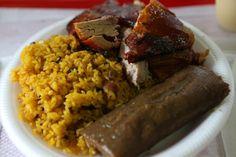 Nuestra bloguera Glorysselle López (Riquísimo PR) te recomienda dónde puedes comer lechón, sin tener que ir a Guavate: http://www.sal.pr/?p=89849