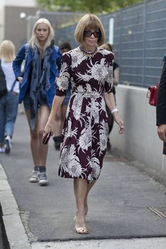Fashion Week Spring 2014 : All the Best Street Style Straight From Milan Fashion Week!>>>Anna Wintour is forever proving the power of a bold print.