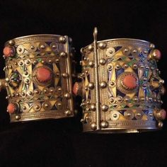 pair of beautiful jeweled cuffs....  Silver, coral, enamel, Algeria  This type of ancient kabyle silver and enameled bracelets were worn by the bride who can keep them for her whole life ( as a part of her personal dowry).   Maison Halter Ethnics