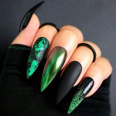 The Best Halloween Nail Designs in 2018 Wicked Black Halloween Stiletto Nails Nails Style Nails # Black Nails Halloween Acrylic Nails, Halloween Nail Designs, Halloween Nail Colors, Cute Halloween Nails, Pretty Nail Designs, Nail Art Designs, Unique Nail Designs, Green Nail Designs, Chrome Nails Designs