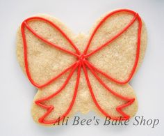 Ali Bee's Bake Shop: Tutorial: Christmas Bow out of a butterfly cookie cutter