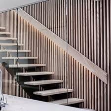 Bilderesultat for spilevegg kjøkken Beautiful Stairs, Flooring, Modern, Home Decor, Pictures, Trendy Tree, Decoration Home, Room Decor, Wood Flooring