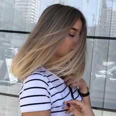 Subtly stretched root of dark blonde hair color 2019 - # check more at . - Subtly stretched root of dark blonde hair color 2019 – # check more at … - Dark Blonde Hair Color, Hair Color Balayage, Balayage Highlights, Dyed Blonde Hair, Blonde Straight Hair, Blonde Hair With Dark Roots, Dark Blonde Balayage, Dark Blonde Highlights, Straight Bob