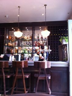 Bumpkin à London, Greater London. Gastro pub / casual