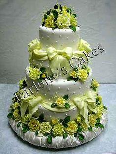 Beautiful edible pearl cake designs