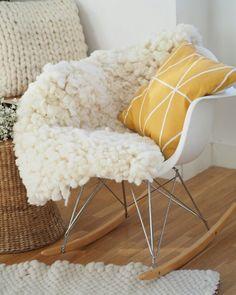 More brand new stuff arriving soon! www.knittingnoodles.es