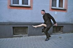 "Roi Vaara (Finland), ""How to carry your leg"", Piotrków Trybunalski, Poland, 2011."