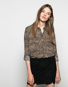 Bershka Qatar online fashion for women and men - Buy the last trends