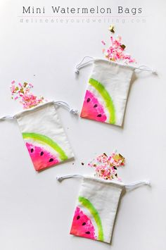Fun Dollar Store Crafts for Teens - DIY Mini Watermelon Bags - Cheap and Easy DIY Ideas for Teenagers to Make for Dollar Stores - Inexpensive Gifts and Room Decor for Tweens, Boys and Girls - Awesome Step by Step Tutorials with Instructions for Cool DIY P Kids Crafts, Crafts For Teens To Make, Summer Crafts, Diy For Teens, Easy Crafts, Diy And Crafts, Arts And Crafts, Decor Crafts, Crafts Cheap