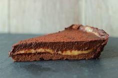 Schokoladentarte. Schokoladen Tarte. Karamell