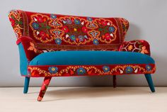 Suzani 2 seater sofa  scarlet fever van namedesignstudio op Etsy, $2200.00