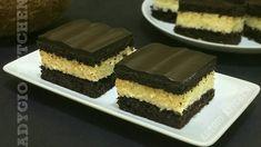 Prajitura Bounty | Prajituri rapide de casa Adygio Kitchen Cake Recipes, Dessert Recipes, Desserts, Food Cakes, Homemade Cakes, Tiramisu, Cheesecake, Sweets, Ethnic Recipes