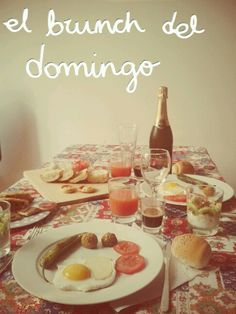Domenica.  Brunch