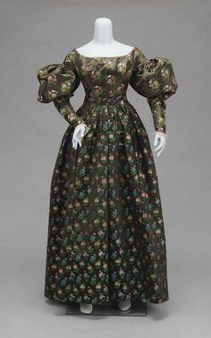 Dress, 1825-30 United States, MFA Boston