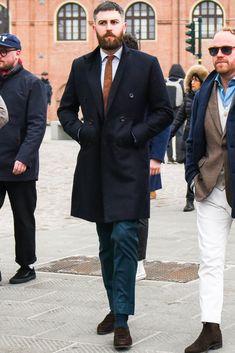 ビジネススーツに合う秋冬コート特集!王道からこなれ感を与えるアウターまでを紹介 | 男前研究所 Street Style Boy, Jeans, Stylists, Suit Jacket, Menswear, Mens Fashion, Boys, Man Style, Jackets