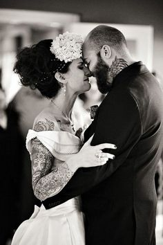I would totally show my tattoos off in my wedding gown. These tattooed brides look great!