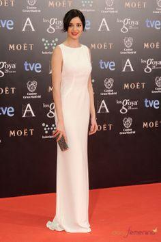Dafne Fernandez - Alfombra Roja Premios Goya 2014