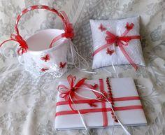 Mira este artículo en mi tienda de Etsy: https://www.etsy.com/listing/261979082/valentines-wedding-set-4-pcs