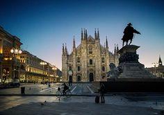 Noi siamo arrivati. Ci fermiamo qui. Buona serata a tutti Scatto di Franco Brandazzi #milanodavedere Milano da Vedere