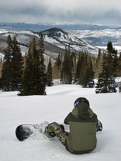 Top 10 places to ski like an Olympian: Snowboarder getting ready to hit the slopes. Park City Mountain Resort, Utah. Photo by John M