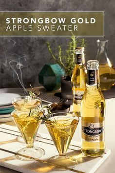 Warm up with our simple & easy fall inspired Strongbow Sweater cocktail recipe using Strongbow Gold Apple Hard Cider. You can enjoy this after a long day at work or while hosting friends. For a unique and unexpected touch, carefully char the tips of your fresh rosemary sprigs away from the glass, blow out any flame and then place them in the drink as a garnish.